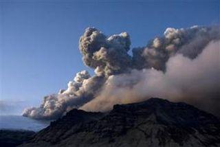 Billowing Plumes Eyjafjallajokull Volcano