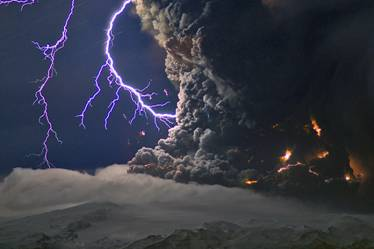 Volcanic Ash Column Eyjafjallajökull